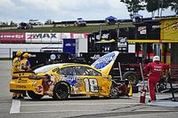 Kyle Busch will finish last at NHMS after early tire failure