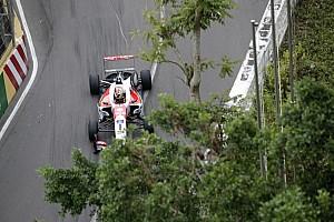 Zhou soulagé de ne pas être blessé après son crash