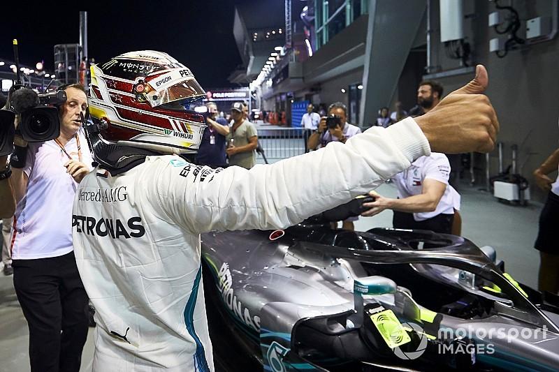 Singapur GP: Hamilton rahat kazandı, Verstappen ve Vettel podyumu tamamladı!