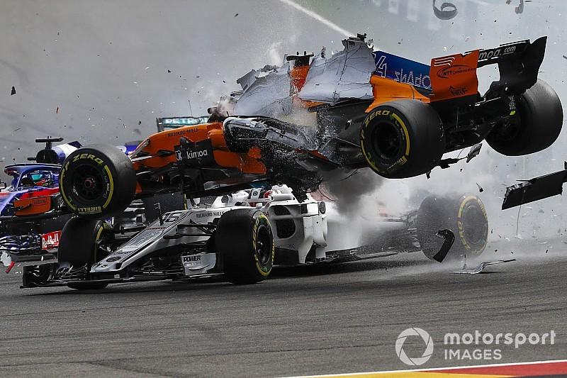 Буйство аварий и полетов. Лучшие гоночные видео 2018 года