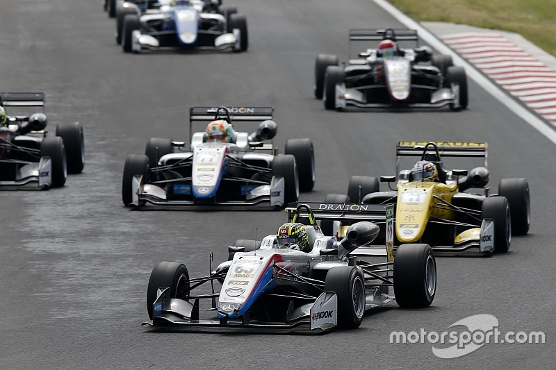 Ahmed concede il bis in Gara 3 all'Hungaroring e vola in classifica