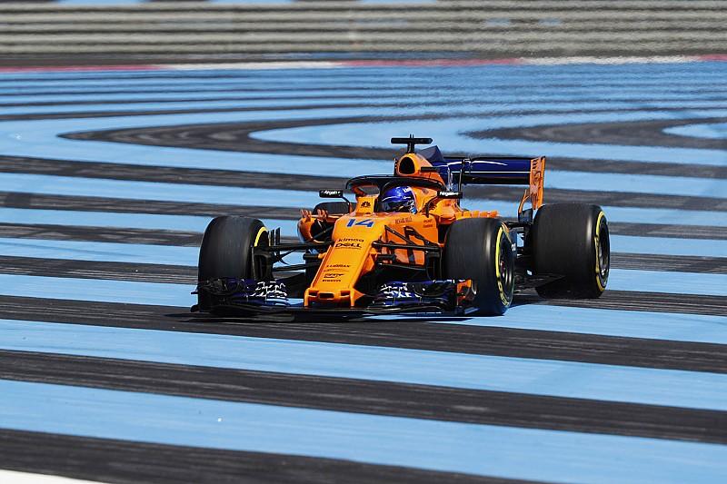 Алонсо упрекнул судей в бездействии по отношению к срезающим повороты гонщикам
