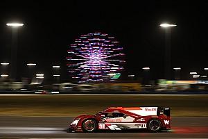 Conway lidera después de seis horas en Daytona