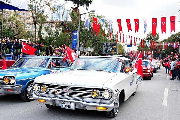 Vintage Haberler İKOD'dan Cumhuriyetin 94. yılına özel konvoy