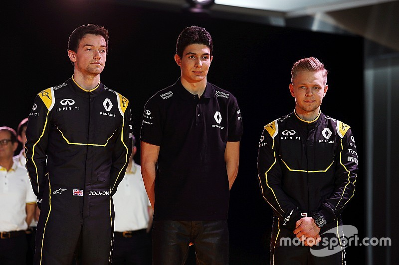 "Ocon ""on loan"" to Renault from Mercedes"