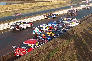 Supercars Résumé de course Chaos en Tasmanie, Van Gisbergen et Coulthard vainqueurs