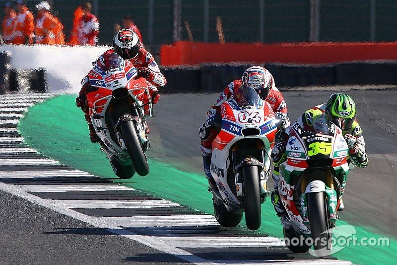 """Lorenzo: """"Puede que Crutchlow ya no se acuerde de lo física que es la Ducati"""""""