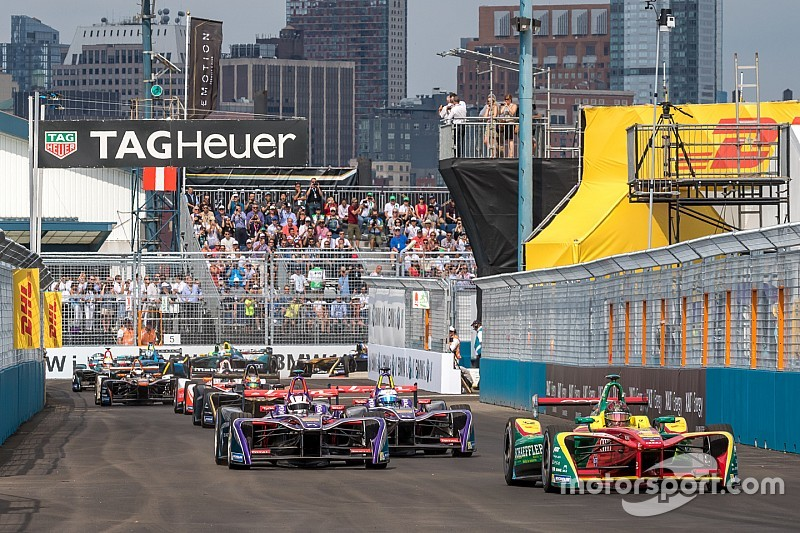 Formula E could get electric touring car support series