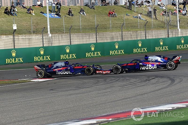 Авария пилотов Toro Rosso: Гасли ждал, что Хартли его пропустит