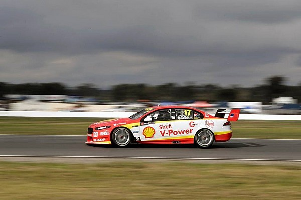 Supercars Winton Supercars: McLaughlin beats Mostert to pole