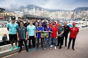 Fórmula E Últimas notícias Pilotos da F-E organizam corrida de kart para ajudar Monger