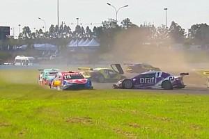 Stock Car Brasil Últimas notícias Pizzonia diz que agiu por instinto em acidente com Foresti