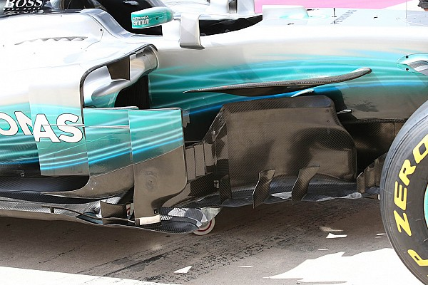 Mercedes: ora c\'è una... torre sul marciapiede del bargeboard
