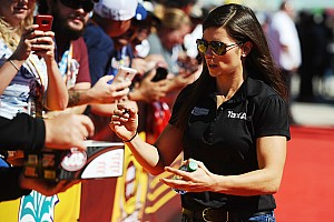 """NASCAR Cup Interview Patrick: """"I have never felt pressure as a female"""