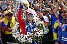 IndyCar Gallery: Sato festeggia la vittoria alla 500 Miglia di Indianapolis 2017
