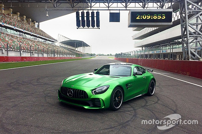 Mercedes-AMG GT R breaks production car record at Buddh Circuit