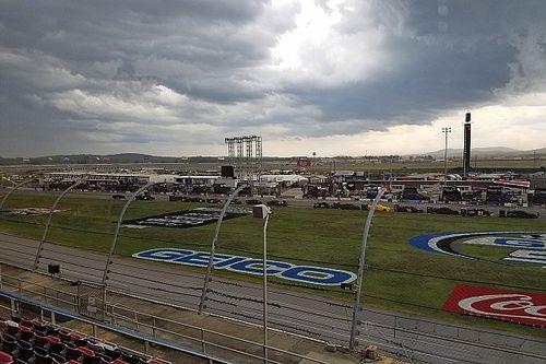 Carrera de NASCAR Cup en Talladega pospuesta para el lunes
