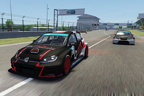 Groszek mistrzem TCR Eastern Europe Sim Racing