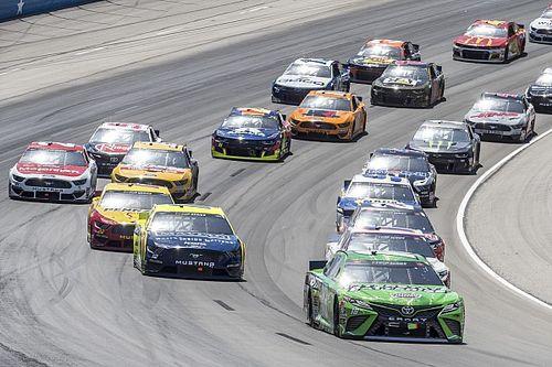 В NASCAR упразднили тренировки и квалификации до конца года