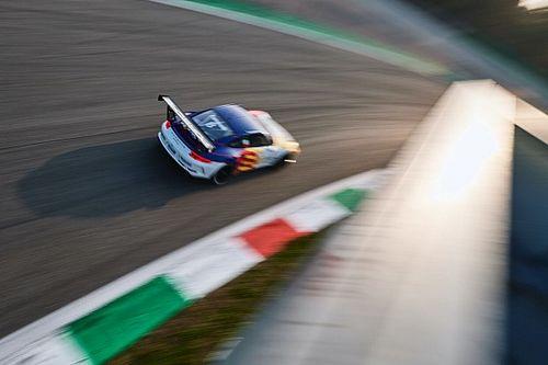 Carrera Cup Italia, Monza: Fumanelli-pole, sorpresa Barri!