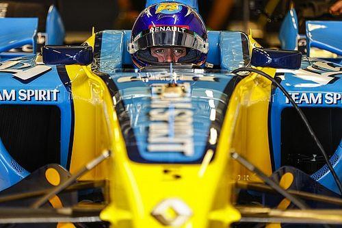 Zhou, agradecido a Alonso, quiere marcar un legado como el suyo