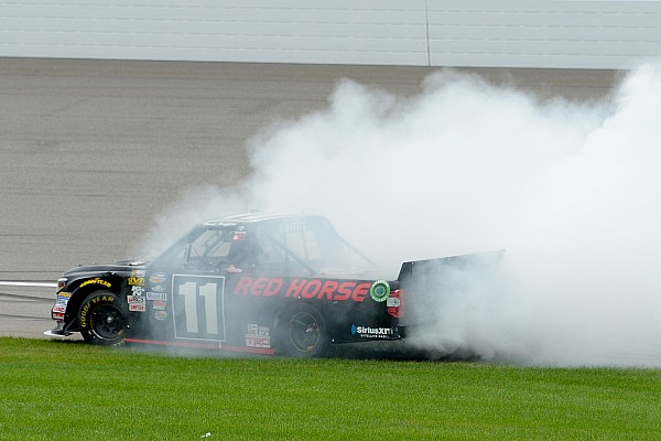 Moffitt's win gives him new foothold in NASCAR after MWR's demise