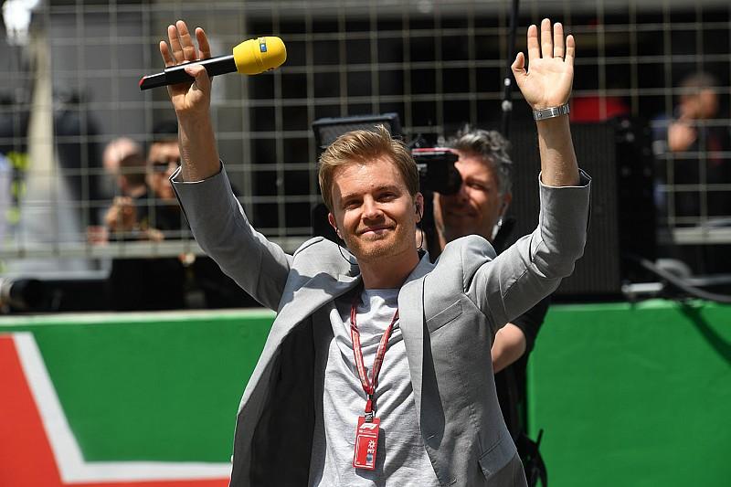Bild: Хэмилтон потребовал, чтобы Росберга отстранили от интервью призеров Гран При Германии