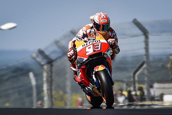 MotoGP Gara Marquez domina a Le Mans e scappa, sul podio Petrucci e Valentino