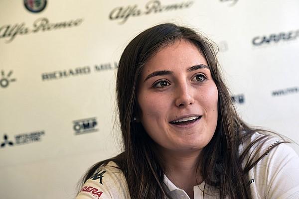 """F1 インタビュー ザウバーのカルデロン、女性ドライバーは""""協力して活動しやすくすべき"""""""