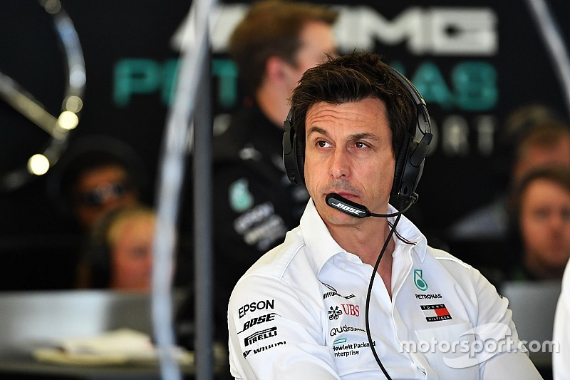 Mercedes: Batalha pelo título deste ano está longe de terminar
