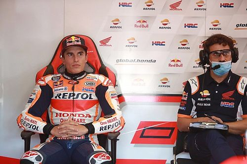 Marquez broke plate in his arm trying to open a window