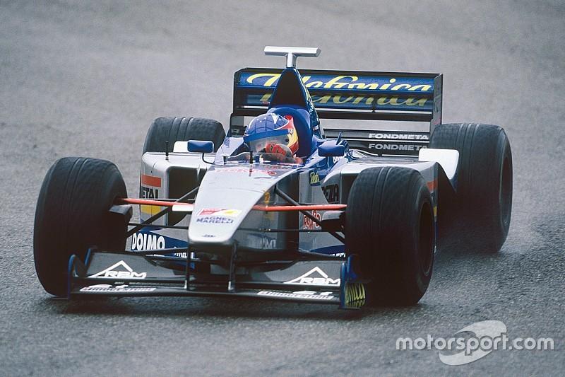 C'était un 13 décembre : le premier test F1 d'Alonso - Motorsport.com
