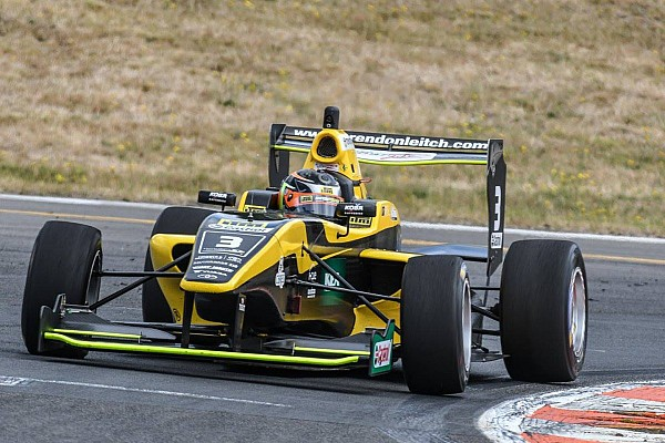 Other open wheel Taupo TRS: Leitch passes Armstrong for Race 1 win