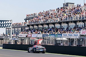 NASCAR Euro Breaking news Whelen Euro drivers put on a great show in Valencia