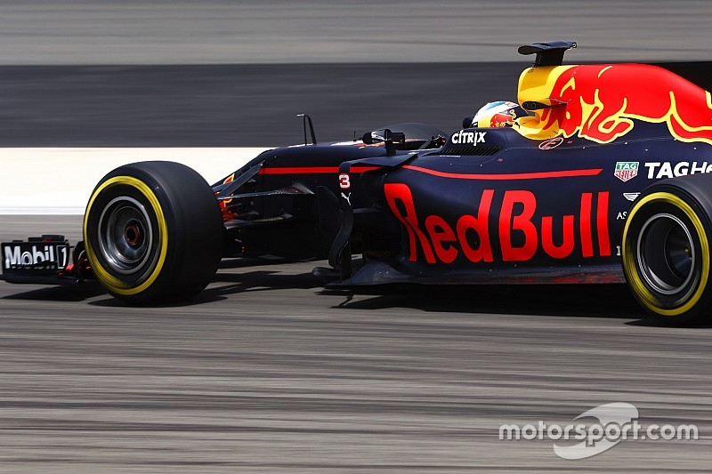 Red Bull натякає на вихід з Ф1, якщо не буде незалежних моторів