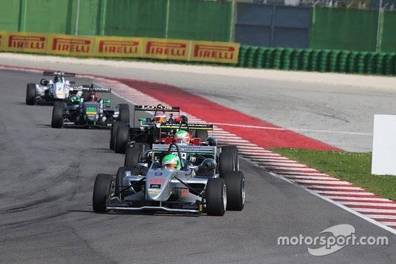 F2 Italian Trophy: Andrea Fontana trionfa nella prima stagionale a Misano