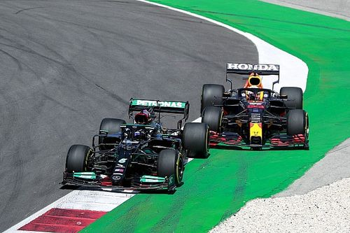 Analyse: Verborgen aspect van titelstrijd tussen Red Bull en Mercedes