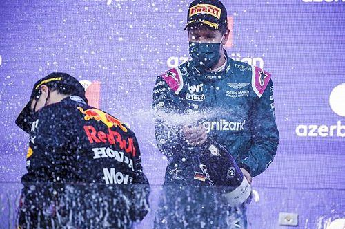 VIDEO: Vettel y su feliz navidad a Sergio Pérez