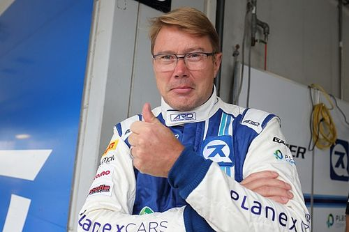 هاكينن ينضمّ إلى بوتاس ضمن فريق فنلندا في سباق الأبطال