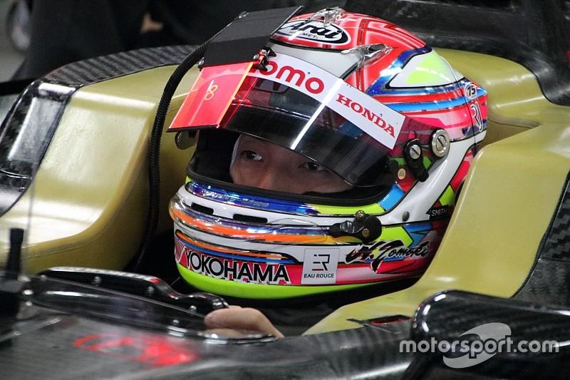 Super Formula team tests innovative visor display