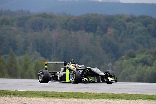 Andrea Cola vince il titolo della Topjet F2000 Italian Trophy