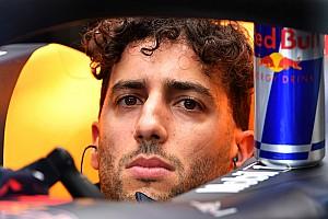 Formel 1 News Nach Strafe: Ricciardo will Fahrerkollegen befragen