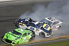 La última carrera de Danica Patrick en NASCAR termina con un choque