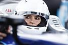 Formula E Fotogallery: la splendida Emily Ratajkowski guida una Formula E a Berlino