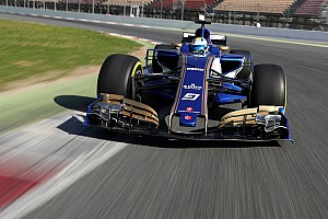 Sauber wins race to run first F1 2017 car on track