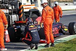 """Formula 1 Breaking news Double stoppage just Renault """"playing it safe"""" – Ricciardo"""