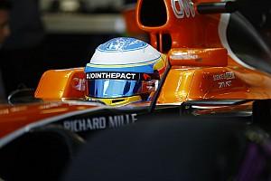 Алонсо сошел в Гран При России на прогревочном круге
