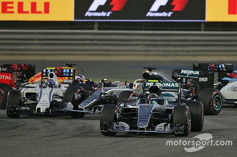 Hamilton says damage made him lose performance