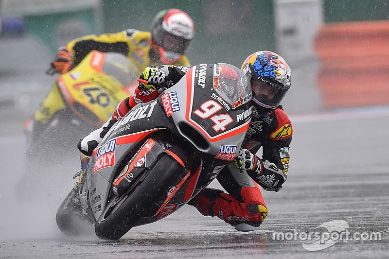 Brno Moto2: Folger wins in the wet, disaster for Zarco