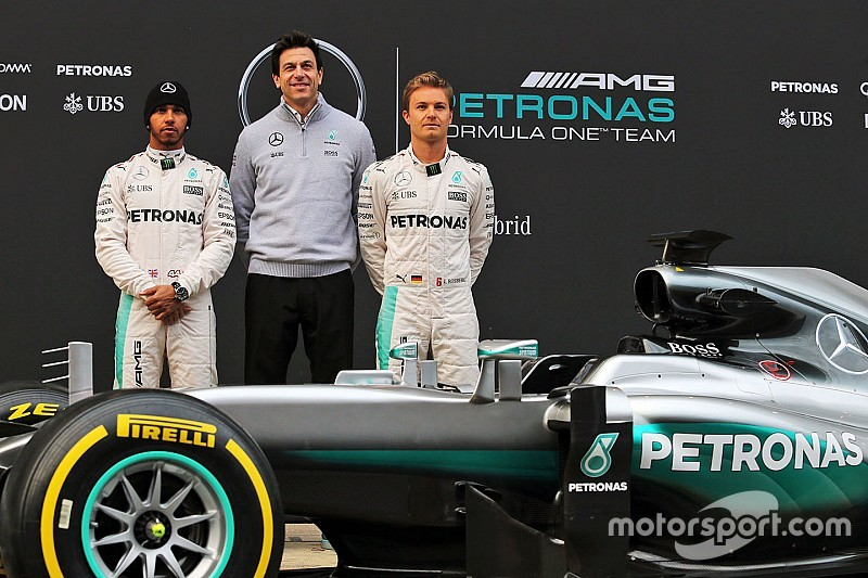 Mercedes: Fighting Fit...